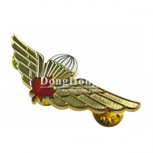 imitation-hard-enamel-badge-4.jpg