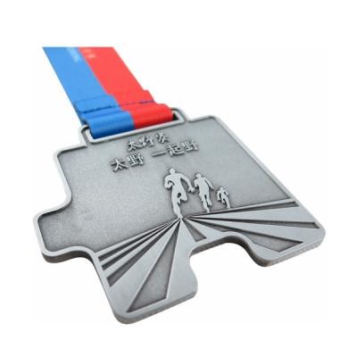 Custom Running Medal With Coloring